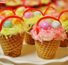 Paasmandjes van cupcakes