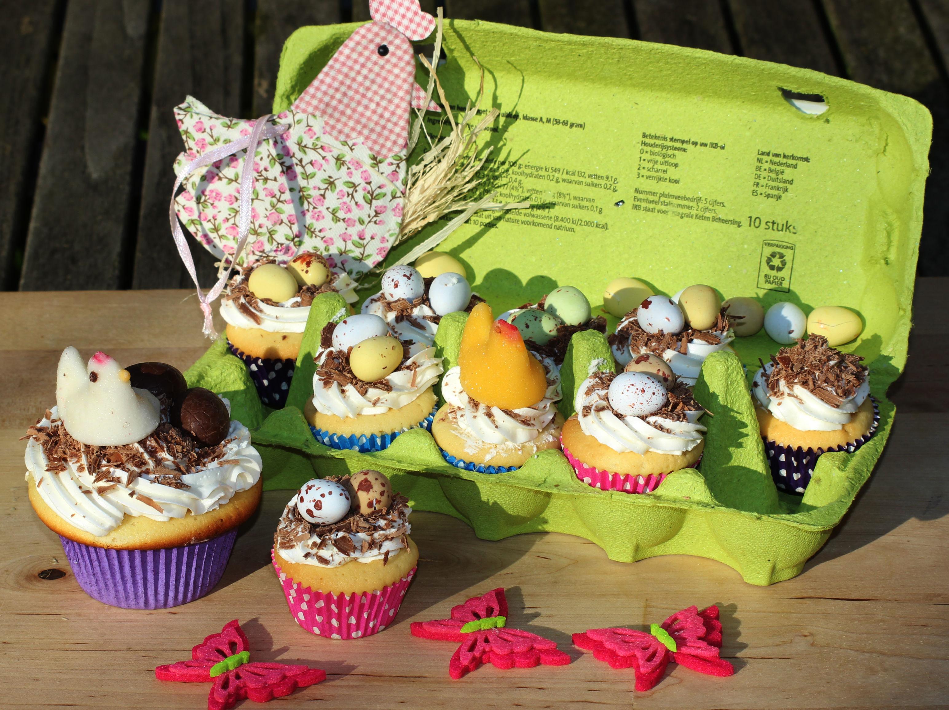 Genoeg Paastraktatie: vogelnestje mini cupcakes | Traktatieinspiratie.nl @YJ73